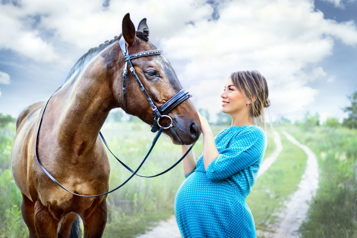 pregnant woman with horse